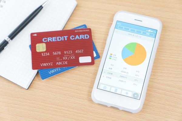 家計簿は手書きよりもアプリが簡単?人気の家計簿アプリを徹底分析