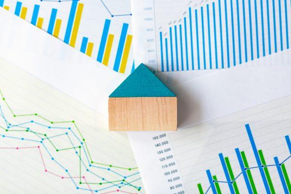 固定金利と変動金利どちらがいいの? 住宅ローンの選び方を解説します。